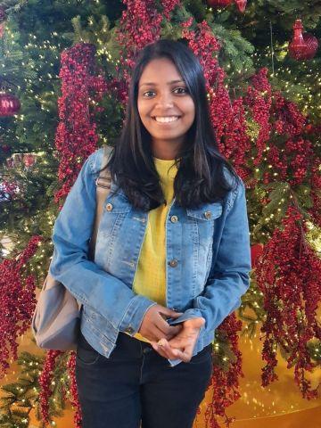 Profile picture for Dilinie Seimon